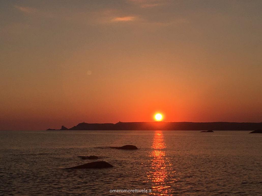 vacanze in barca con skipper e hostess sardegna tramonto